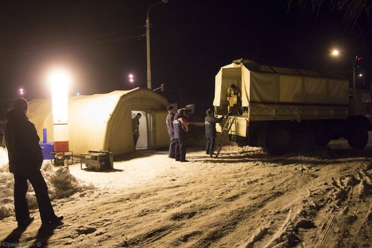 На трассе М-10 работает пункт обогрева для водителей