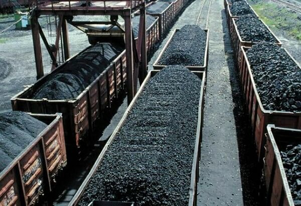 Киев не намерен приобретать уголь в ДНР