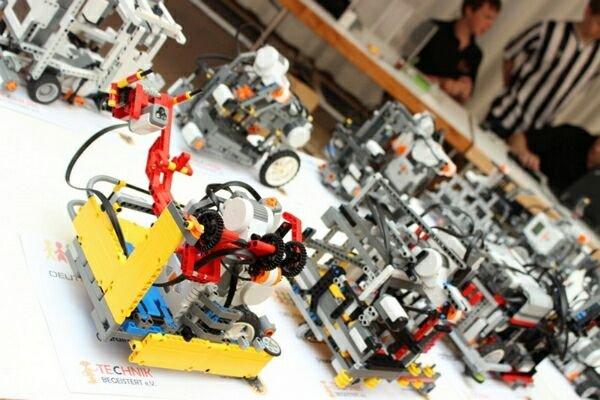 В Сочи впервые провели всемирную олимпиаду роботов