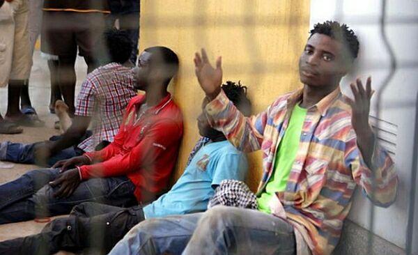 ЕС грозит странам Прибалтики санкциями за отказ размещения у себя беженцев