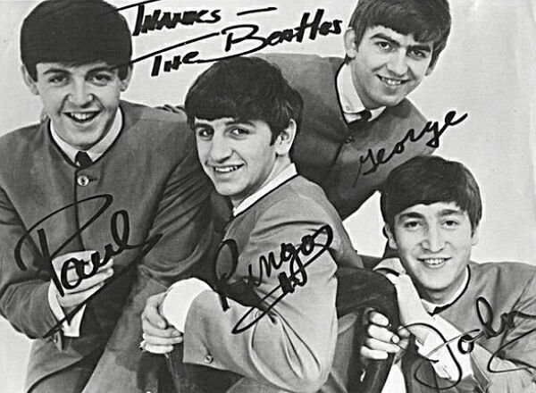 Первый контракт Beatles выставлен на торги