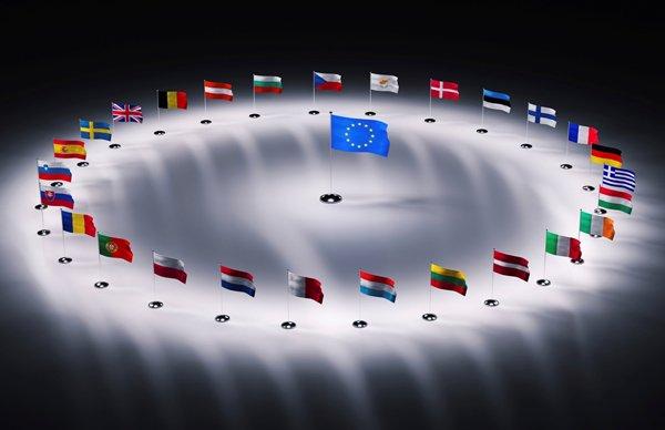 Политики Евросоюза готовятся к отмене санкций в обход Меркель и Обамы