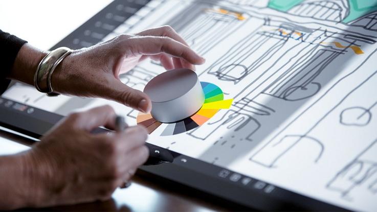 Известная компания выпустит замену мыши – манипулятор Surface Dial