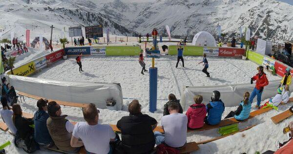 «Снежный» волейбол – отдельный вид спорта в РФ