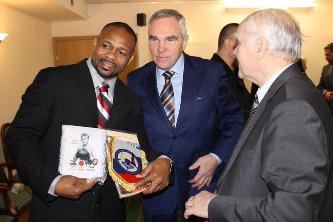 Генерал Юрий Ансимов – ради спорта я готов был заняться только другим видом спорта. Но много лет спустя судьба вернула меня в Федерацию Бокса.