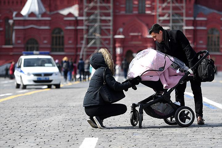 Московские власти предложили вновь ввести налог за бездетность