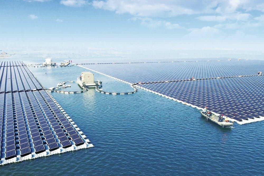 Мощнейшая солнечная электростанция заработала в Китае