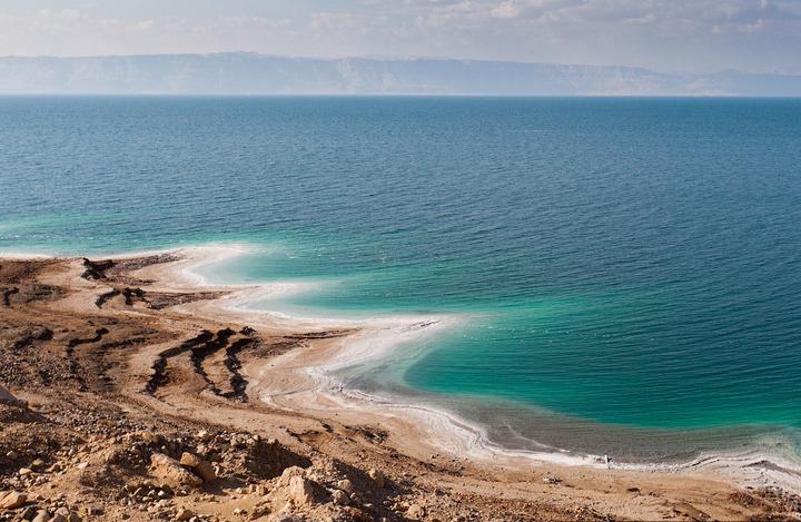 Израильские ученые раскрыли загадку Мертвого моря