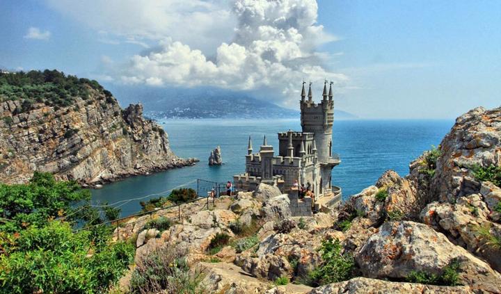 Интерес к отдыху на российских курортах снизился на треть