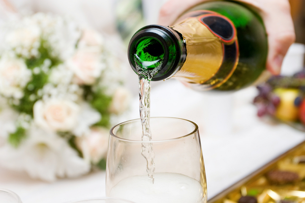 В России хотят разрешить ночную продажу алкоголя в Новый год