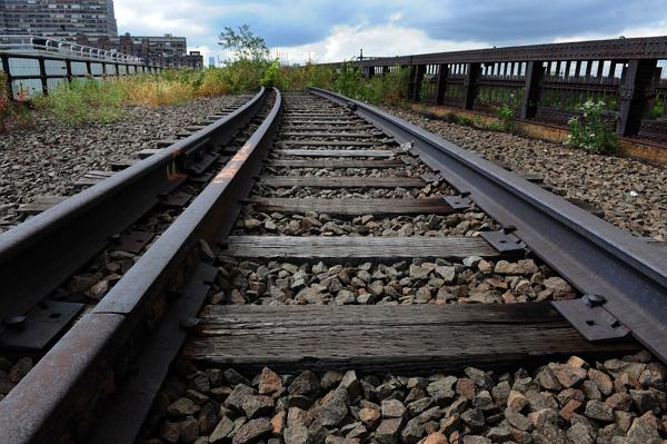 Жители ЛНР лишились железной дороги
