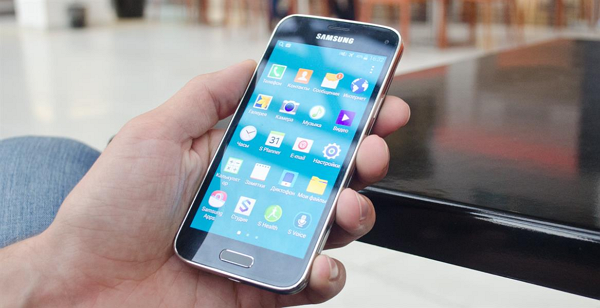 Samsung намерено «замедлял» работу старых смартфонов
