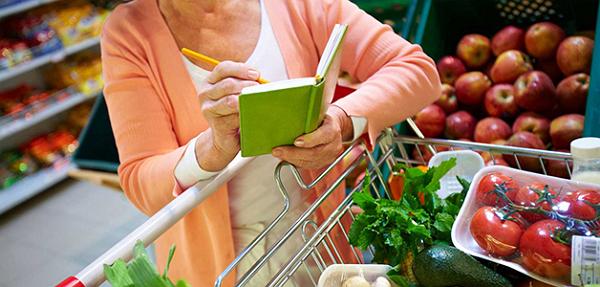 Новый закон о просроченных товарах может стать причиной повышения цен на продукты первой необходимости