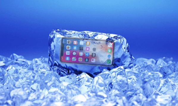 Американский iPhone «глючит» от русских морозов