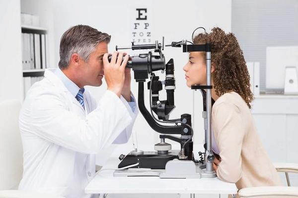 Новое достижение науки: контактные линзы от дальтонизма