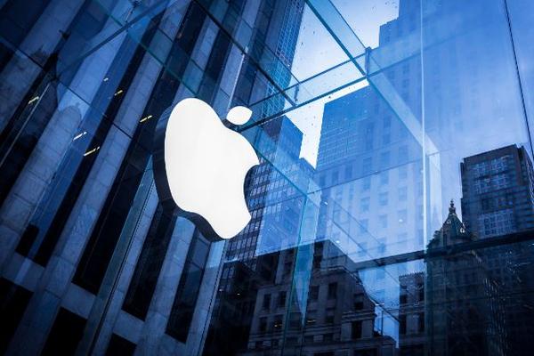 В компании Apple следят за своими пользователями