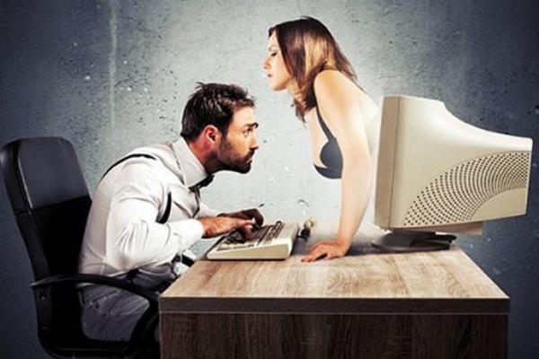 Любители порно стали жертвами хакеров-шантажистов