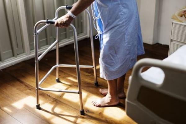 Врачи излечили пенсионеров от вымышленных недугов