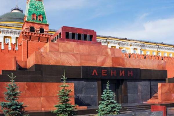 Ленина могут заменить куклой