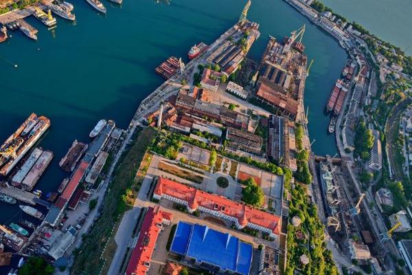 Завод Порошенко станет базой для ремонта российских кораблей