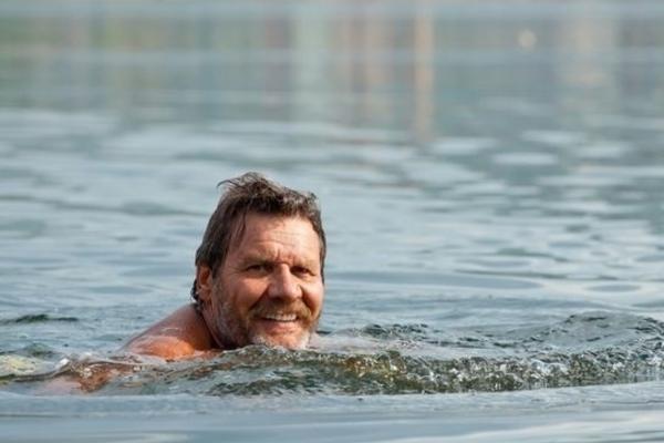 Утонул рекордсмен мира по плаванию