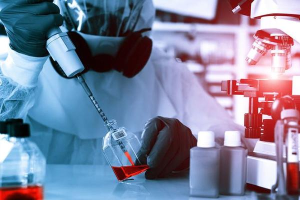 В Америке одобрили вакцину против Эболы