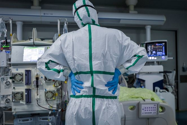 Зараженная коронавирусом россиянка сбежала с больницы