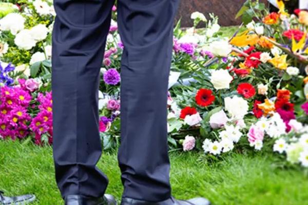 Британских школьников заставили написать сочинение о своих похоронах